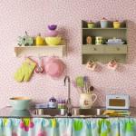 mutfaklarda dekoratif raflar