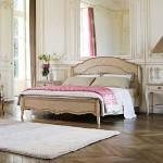 roche bobois ahsap yatak odasi