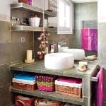 kucuk banyolarda dekoratif depolama alanlari