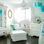beyaz turkuaz erkek bebek odasi