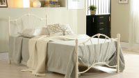 Yatak Odanıza Tarz Katan Karyola Modelleri 2015