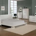 italyan tasarimi beyaz yatak odasi