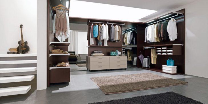 Giyinme Odası Dekorasyonu Nasıl Olmalı