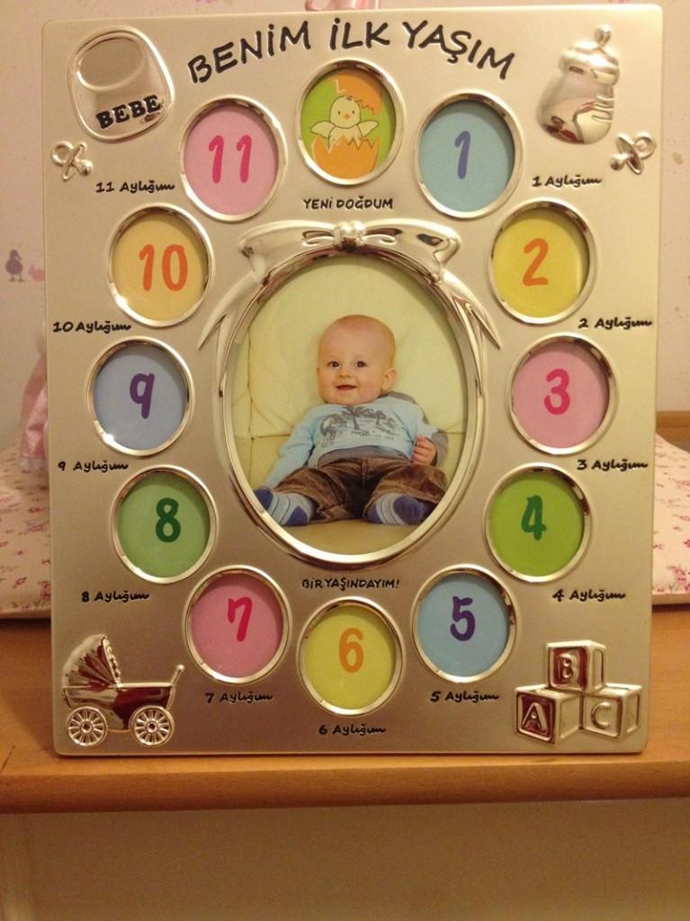 13 resimlik bebek cercevesi