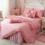 genc kiz odalari icin dekoratif yatak ortuleri