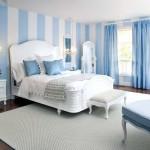 Mavi Beyaz Yatak Odası Dekorasyonu
