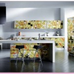 Sarı Çizgili Yeni Moda Mutfak Dolabı