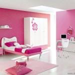 Genç Odası Dekorasyonu Pembe ve Mor Renklerin Kullanımı