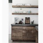 Doğal dekoratif mutfak rafi modelleri
