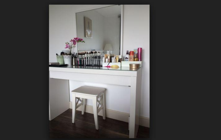 Ikea Malm Makyaj Masası: 270-TL