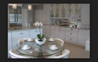 Cam Yuvarlak Mutfak Masası