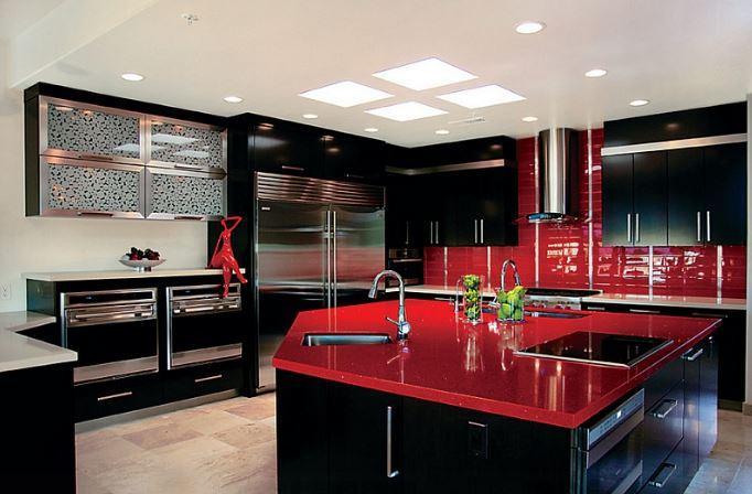 Kırmızı Siyah Mutfak Dekorasyonu
