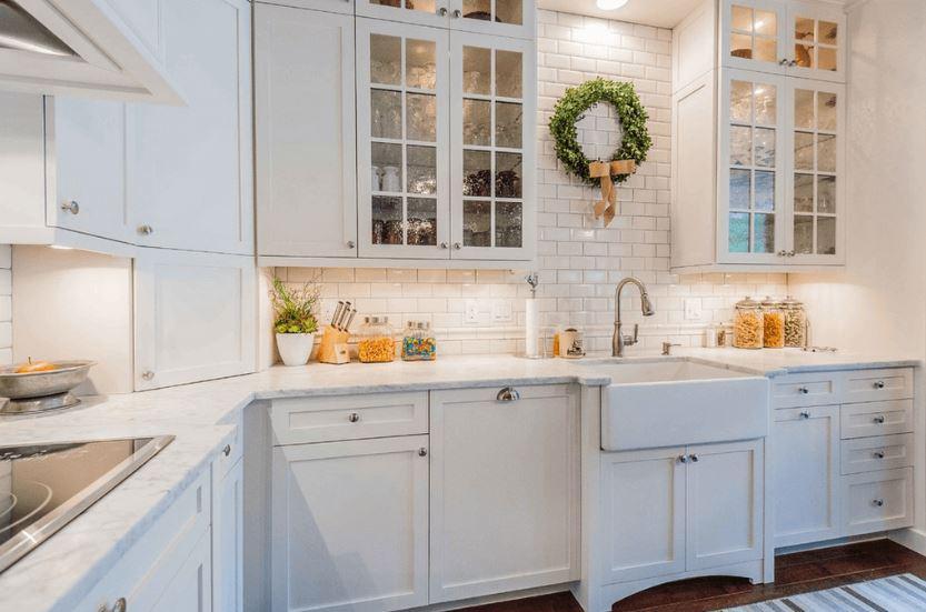 Beyaz Renkli Mutfak Dekorasyonu