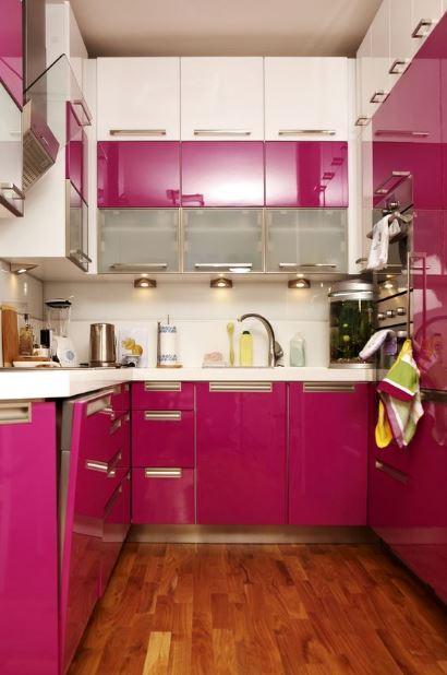 fusya-rengi-mutfak-dekorasyonu