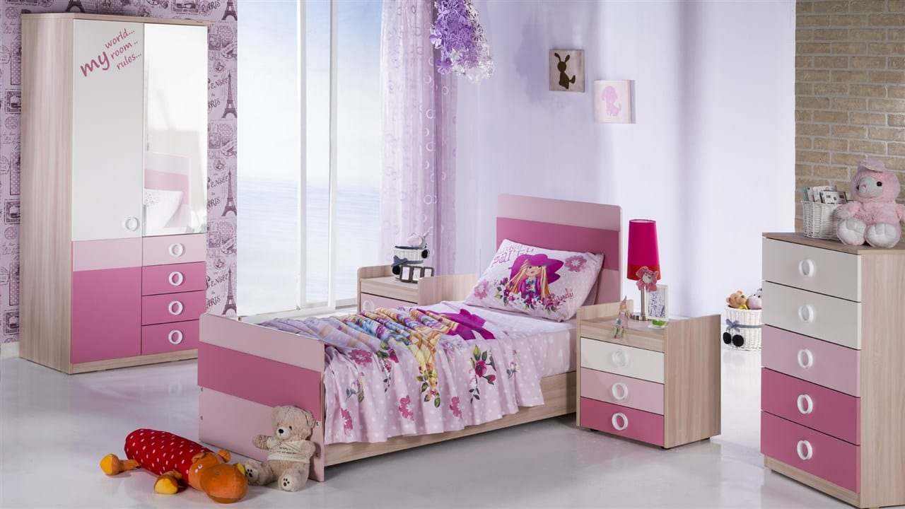 pudra pembesi kız çocuk odası